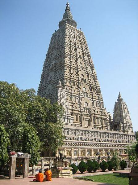 Buddhism principles - The Mahabodhi temple in Bodhgaya India