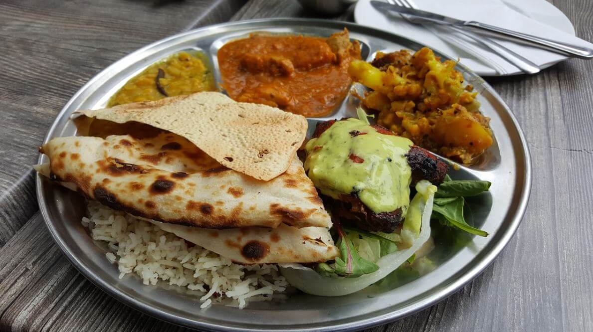 The famous Indian dish: thali