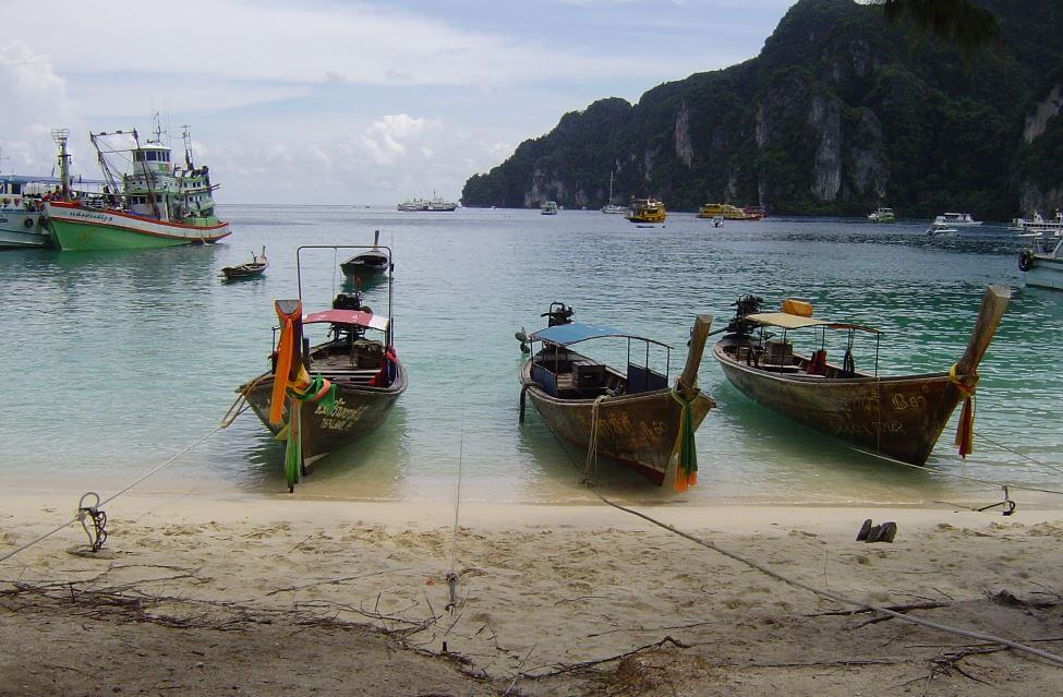 Travel to Phuket and Koh Phi Phi