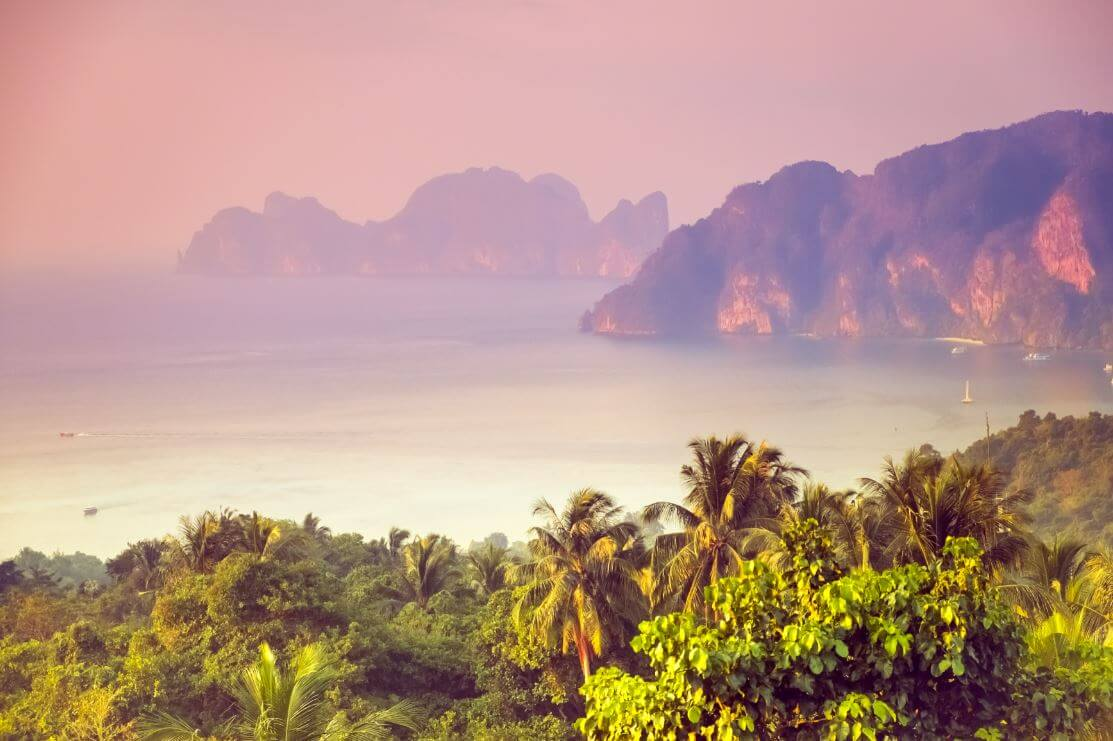 how to travel Thailand solo