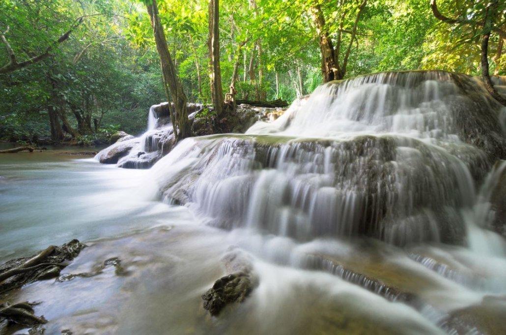 solo travel thailand reddit