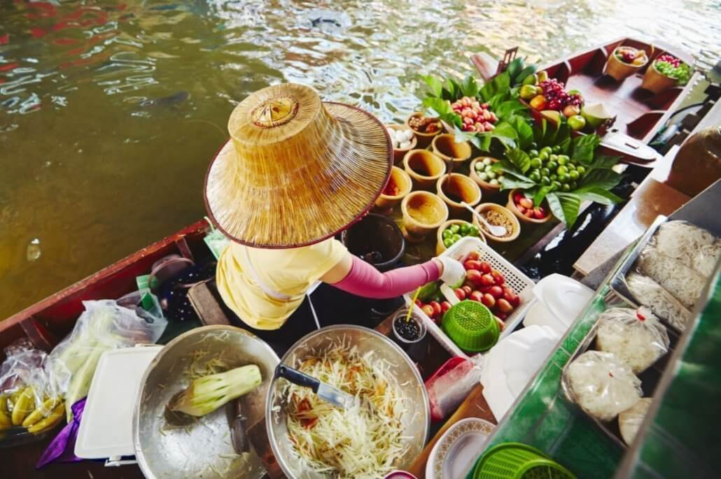 solo travel through Thailand